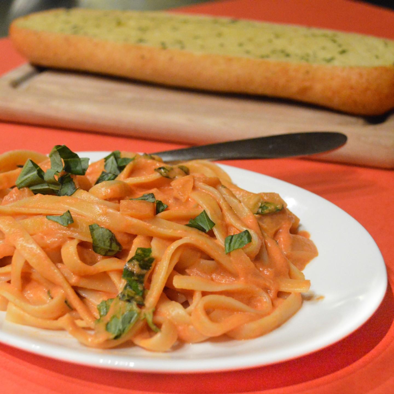 Pasta with Creamy Tomato Sauce – The Lemon Press