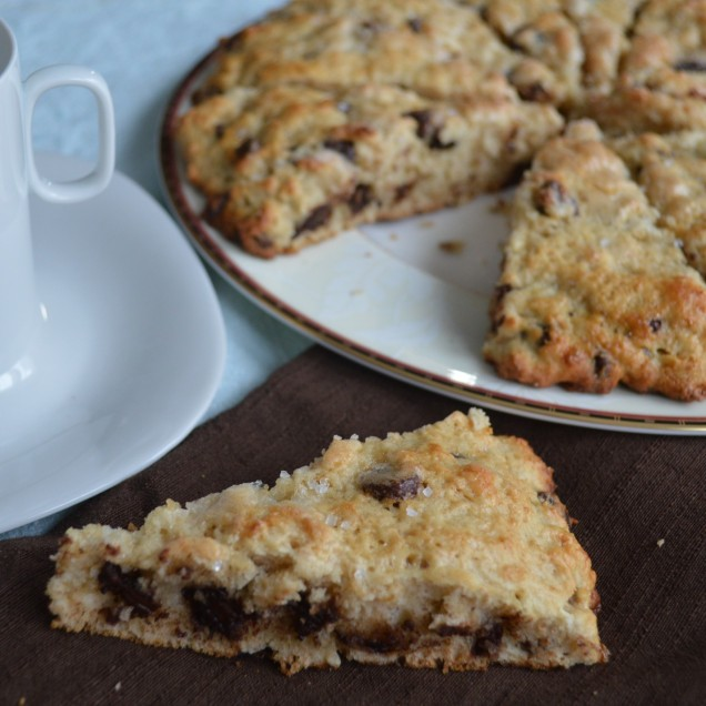skinny-chocolate-chip-scones