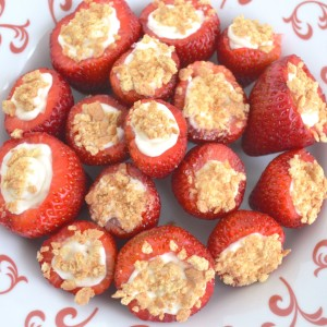 strawberry-cheesecake-bites